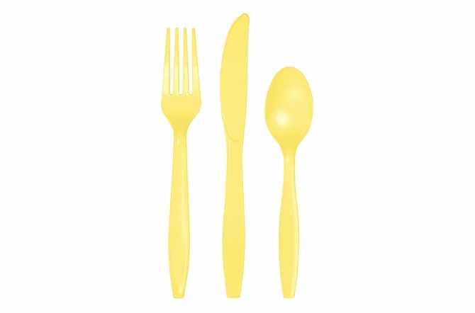 24 Couverts plastiques jaunes pastels
