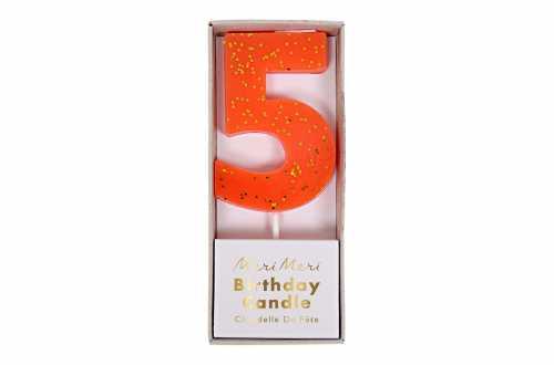 Une bougie d'anniversaire orange corail pailletée - Chiffre 5
