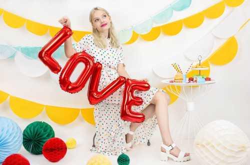 Ballon love rouge - 140 x 35 cm