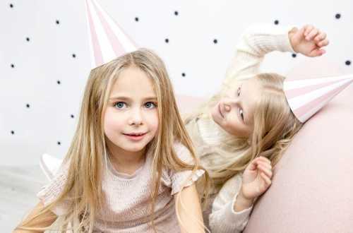 6 chapeaux de fête - rayures rose pastel