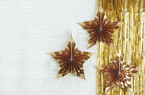 3 Suspensions étoiles décoratives – Doré métallique