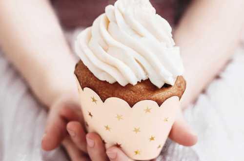 6 Emballages de cupcakes à étoiles dorées- Cygne