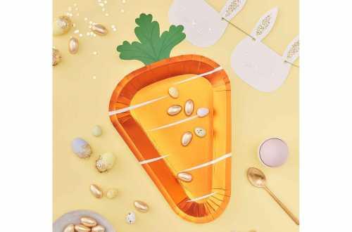 Assiettes Pâques en forme de carotte