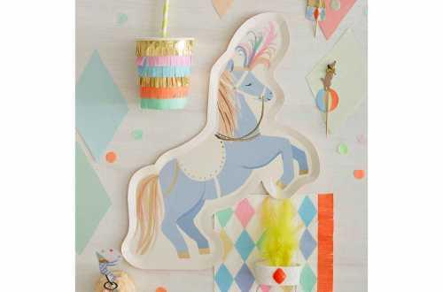 8 Assiettes - cheval de cirque